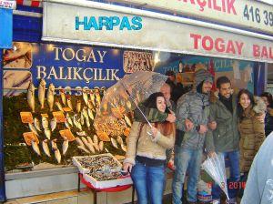 ISTANBUL :  Καλκάνι  ο βασιλιάς των ψαριών !!!!